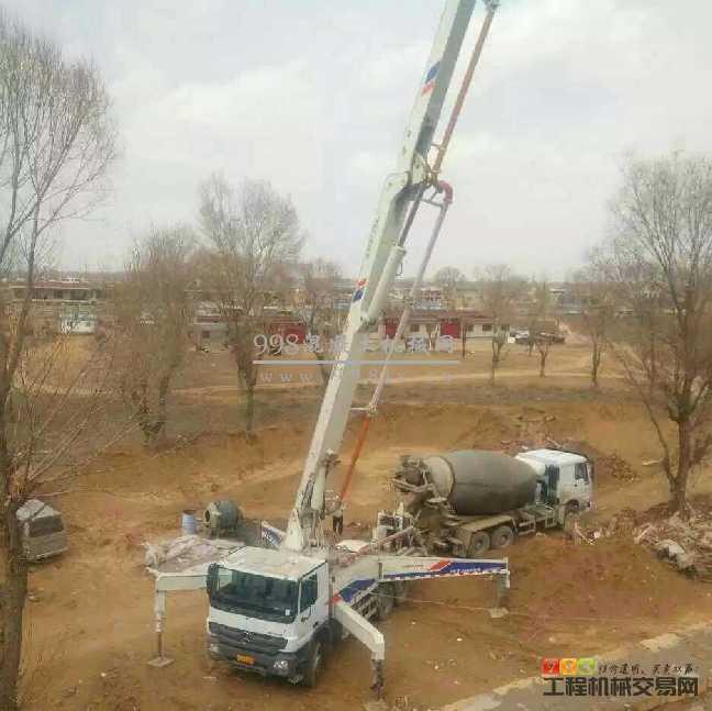 13年中联重科极品38米泵车,奔驰底盘96万出售