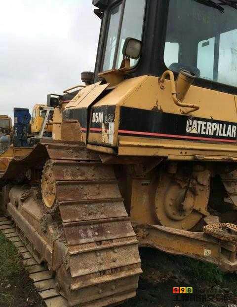 卡特彼勒(CAT)D5M造型机推土机转让的图片